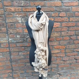 Biege cashmere shawl